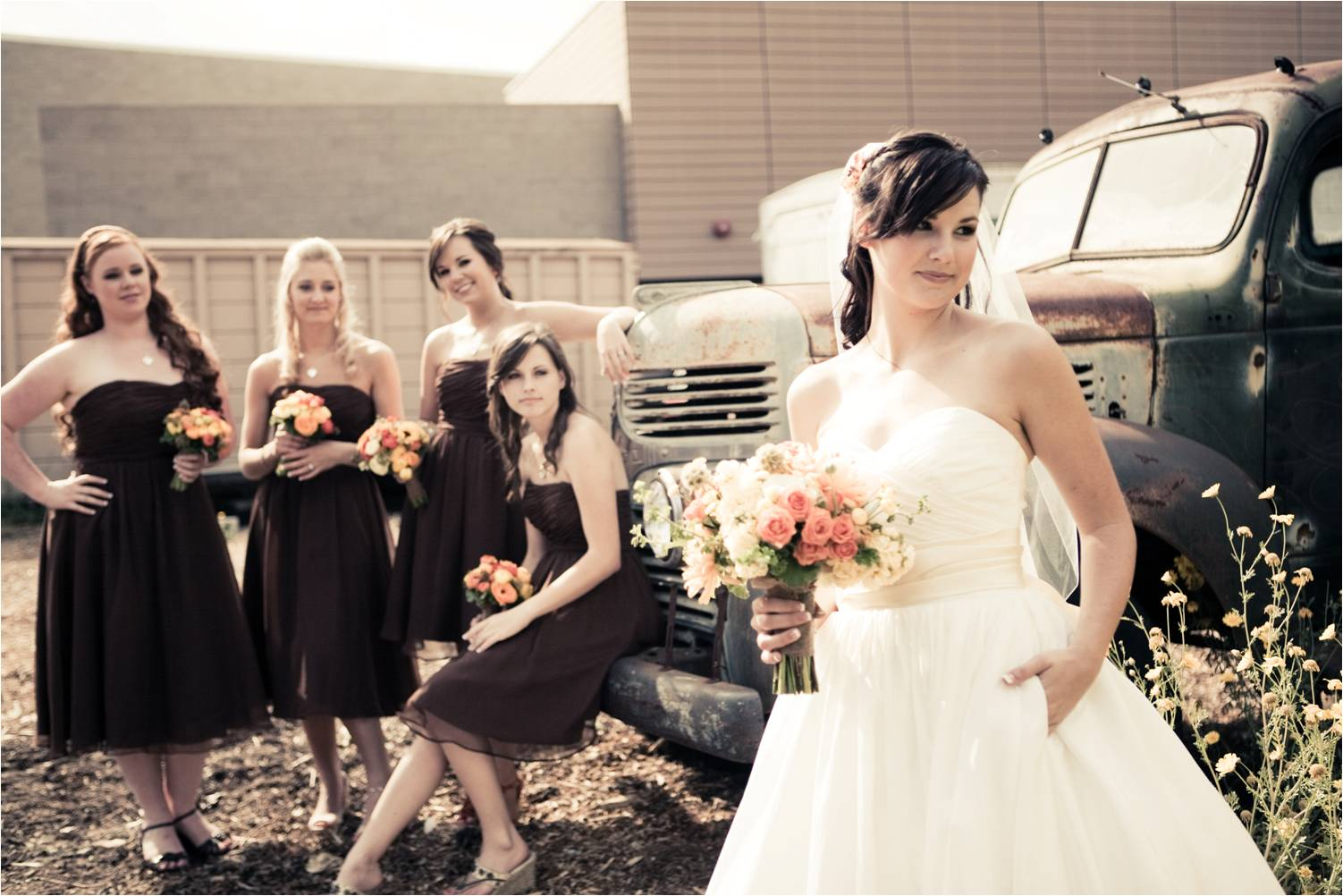 Get 4 things to do before you get married atlanta limo for Rent wedding dress orange county